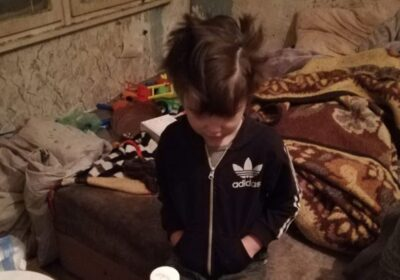 Какво се случи с 6-годишното дете, което молеше за филийка хляб, отглеждано от психично болната си майка!