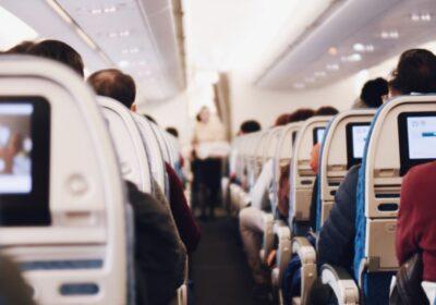 Мъж издъхна в самолета, след грешни сведения преди полета