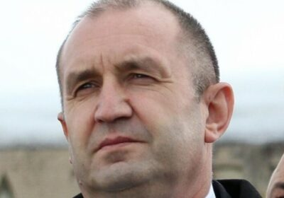 Радев: Борисов се прави на радетел на демокрацията, а не се трогна от протестите