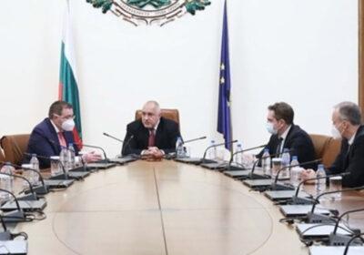 Борисов и НОЩ решиха: Отваряме моловете от началото на февруари