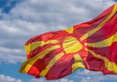 Трябва ли да в македонски училища да се изучава български език?